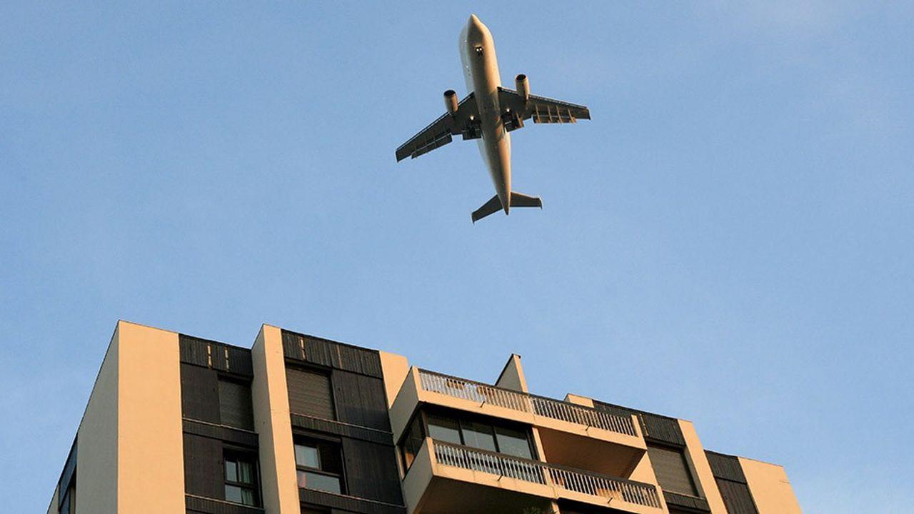 La ville d'Epinay-sur-Seine (Seine-Saint-Denis) subit les nuisances sonores des aéroports de Roissy et du Bourget.