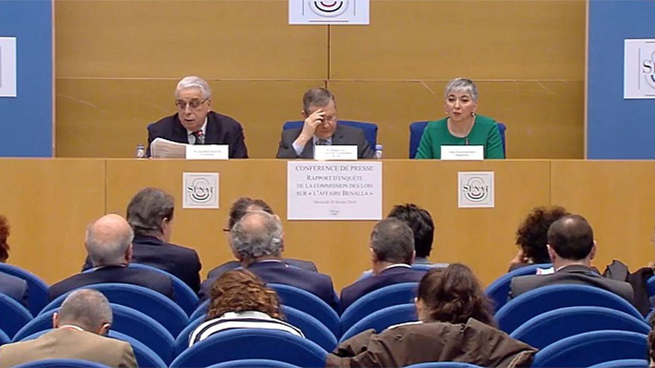 La commission des Lois du Sénat a présentéce mercredi son rapport d'enquête sur l'affaire Benalla. (Ci-dessus Jean-Pierre Sueur (PS), Philippe Bas (LR) et Muriel Jourda (LR)).