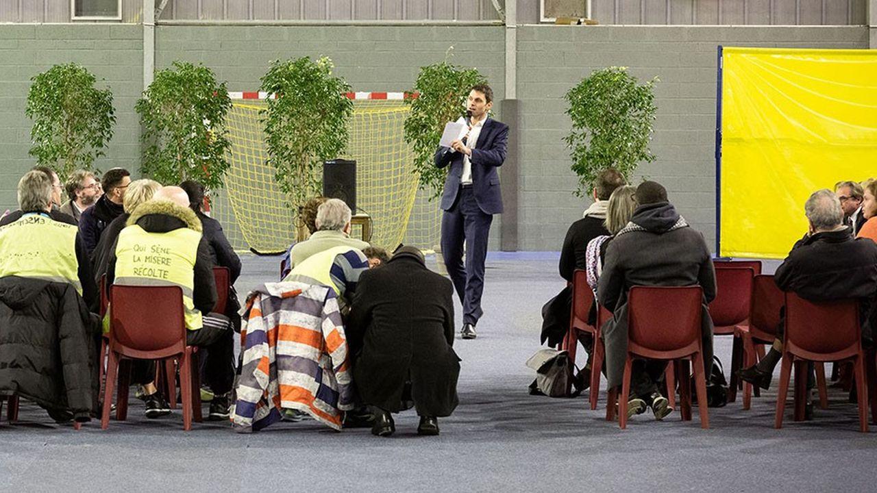 Un débat, à Melun (Seine-et-Marne), organisé le 15 février.