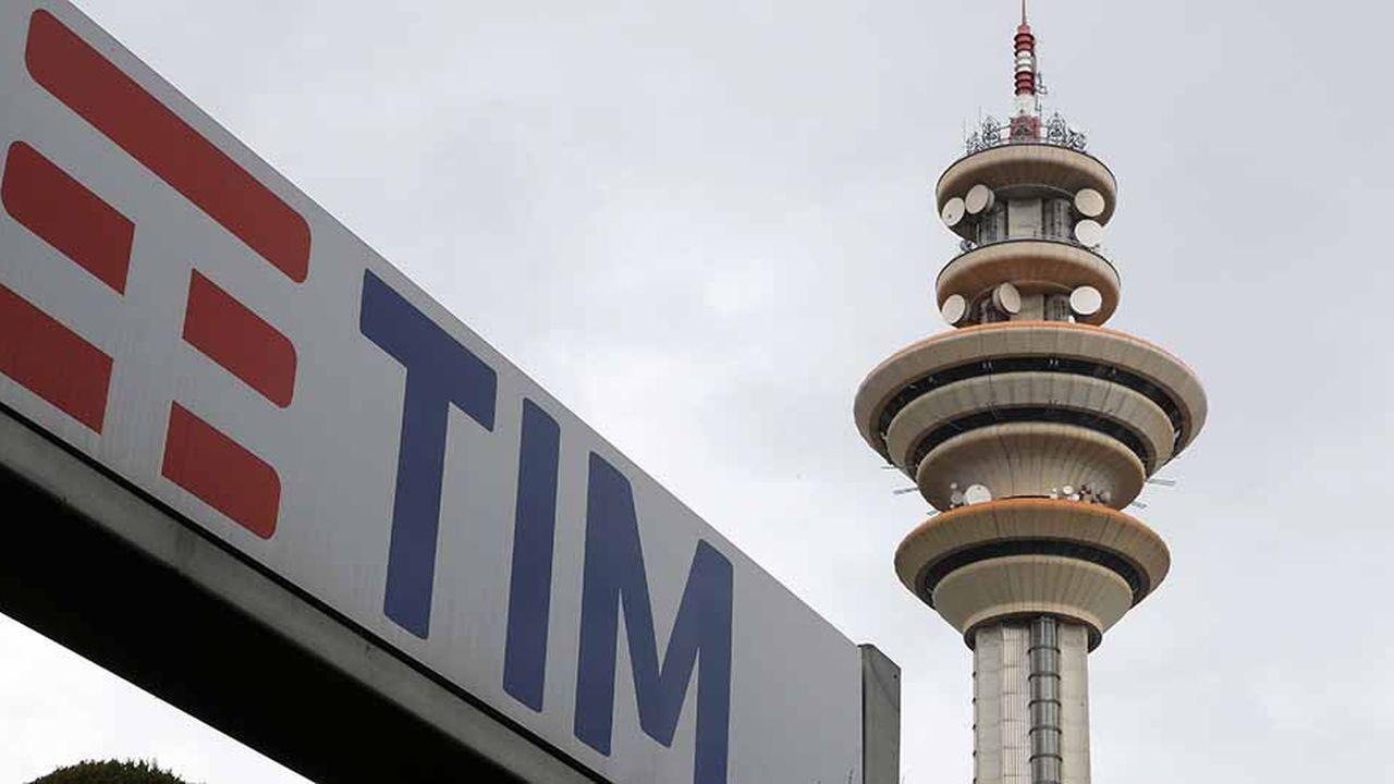 Pris entre deux feux, Luigi Gubitosi, le nouvel administrateur délégué de Telecom Italia, sait que la réussite de son plan stratégique dépend en grande partie d'un armistice entre les deuxactionnaires ennemis de l'opérateur télécoms Vivendi et Elliott.