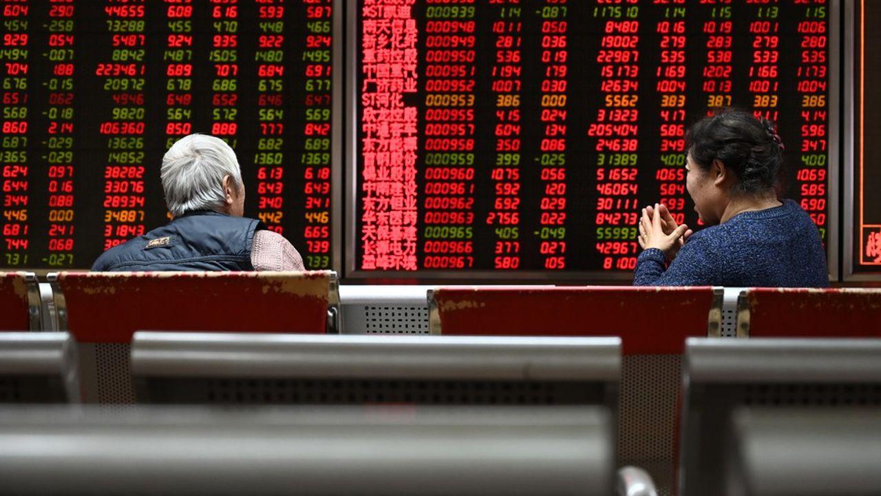 La Bourse de Shenzhen gagnait plus de 4% lundi à la mi-journée