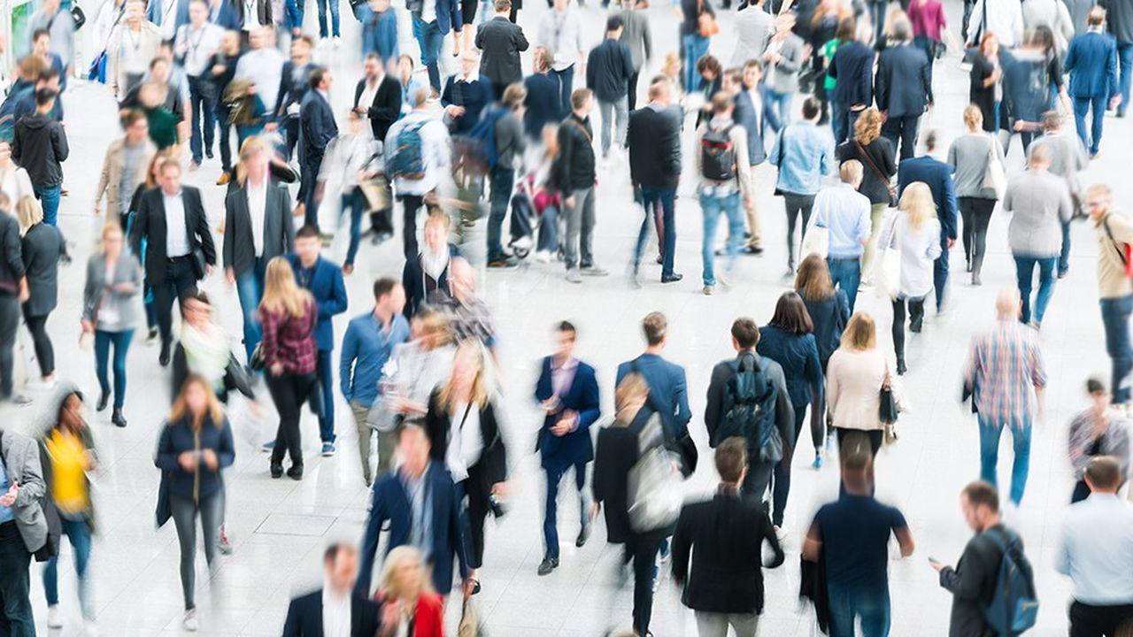 En février, les ménages français se montrent plus rassurés sur les perspectives d'évolution du chômage et de leur pouvoir d'achat mais beaucoup plus préoccupés sur l'évolution de l'inflation.