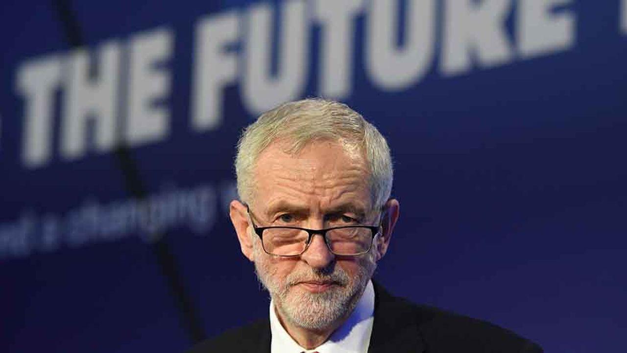 Lundi soir, le chef de l'opposition travailliste Jeremy Corbyn a annoncé qu'il était désormais prêt à soutenir le principe d'un deuxième référendum sur le Brexit.
