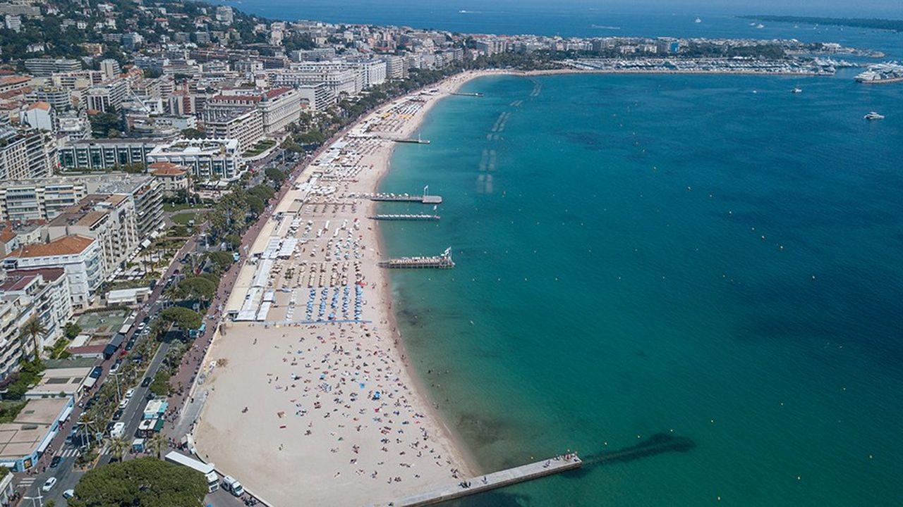 A Cannes, 20 concessions de plages ont été accordées pour une durée de 12 ans.
