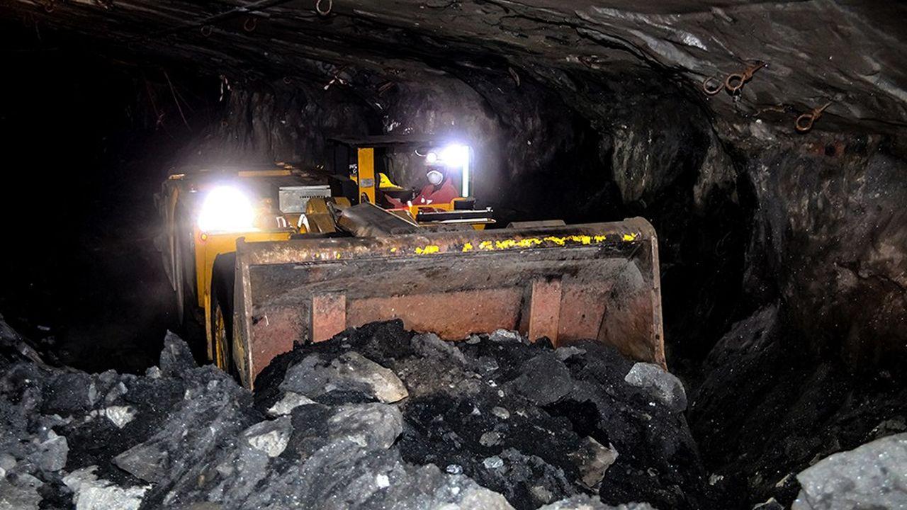 Dans une mine souterraine en Afrique du Sud. Le palladium est très souvent un sous-produit de l'extraction du platine, du cuivre ou du nickel.