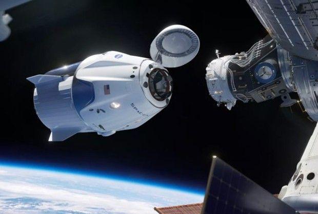 La capsule Crew Dragon de SpaceX peut transporter sept astronautes.