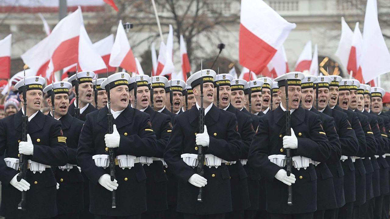 Aux yeux du gouvernement polonais, Moscou continue de représenter une menace, d'autant plus depuis l'annexion de la Crimée en 2014