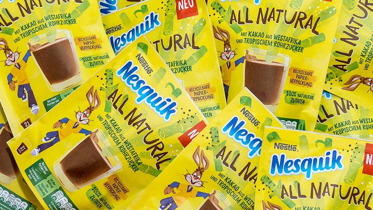 Le sachet de Nesquik est le premier produit lancé par Nestlé deux mois après l'engagement du groupe à réduire les emballages de plastique