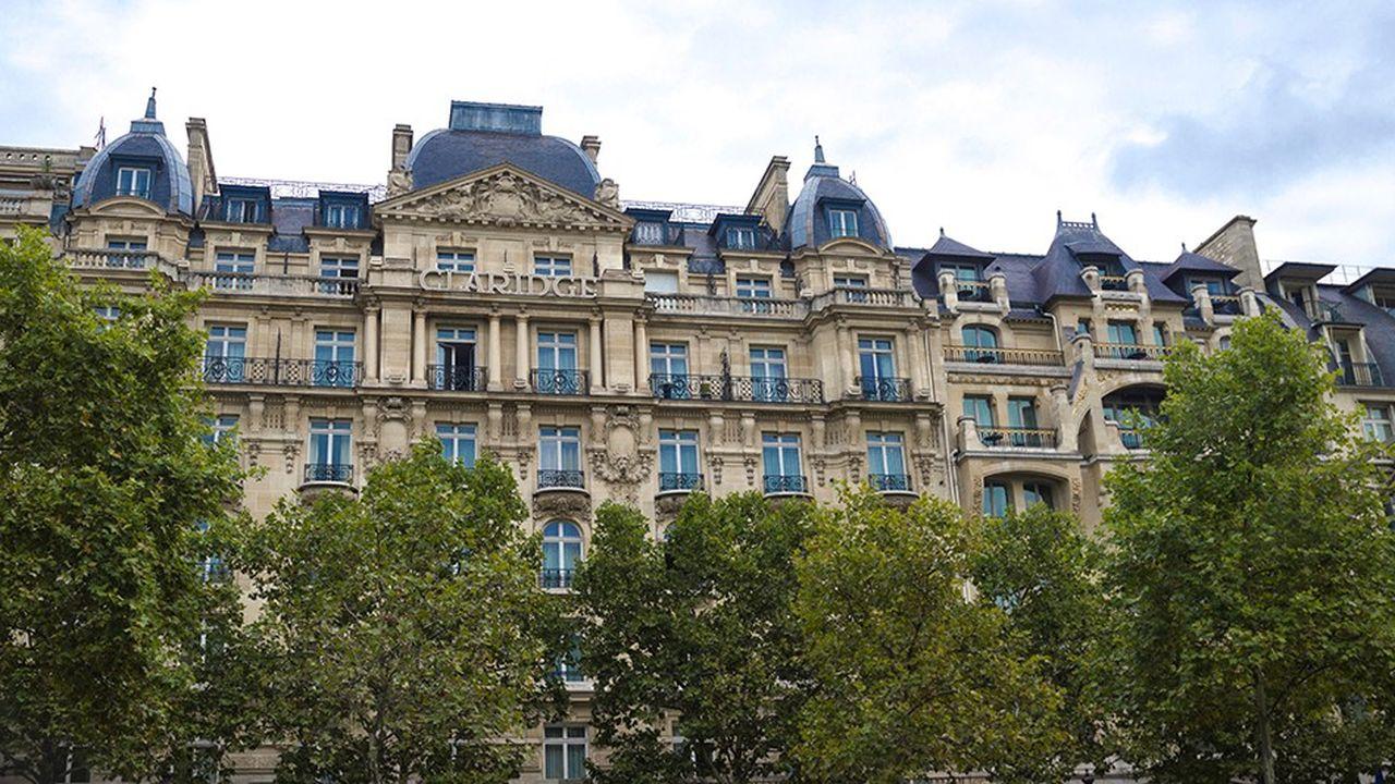 L'hôtel Claridge sur les Champs Elysées à Paris.