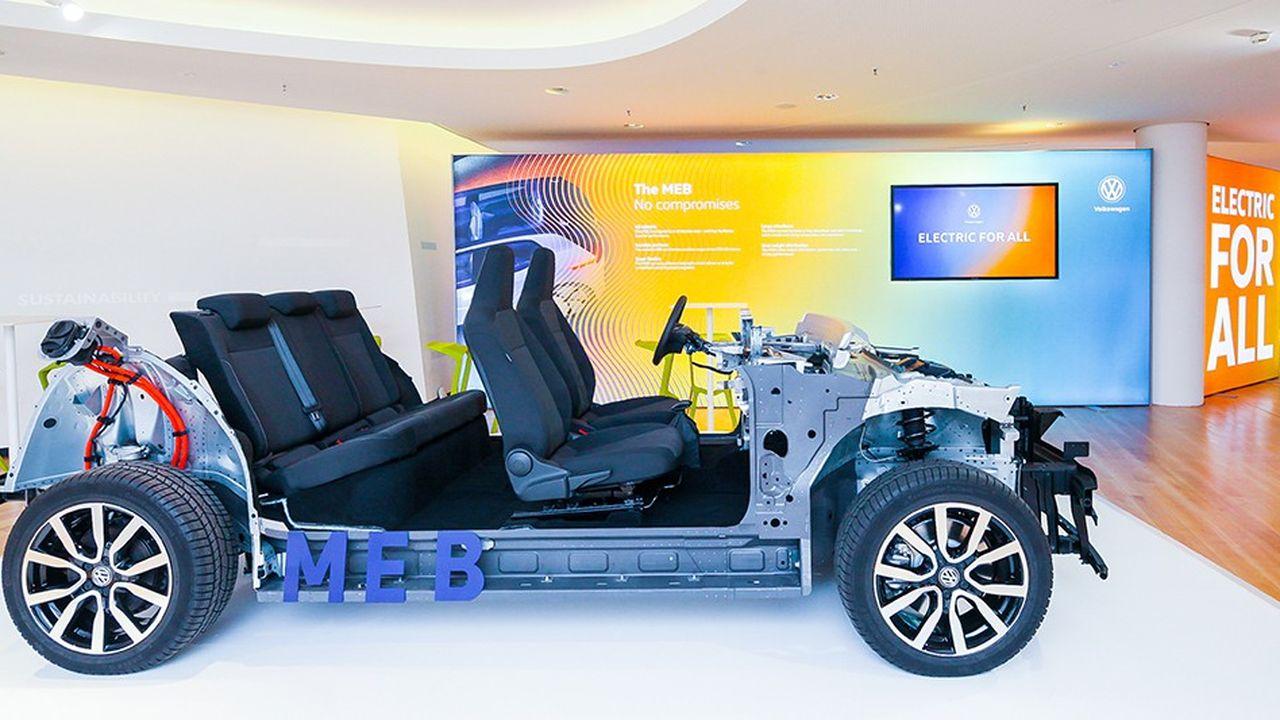 Volkswagen a développé sa plate-forme MEB pour construire en série ses véhicules électriques.