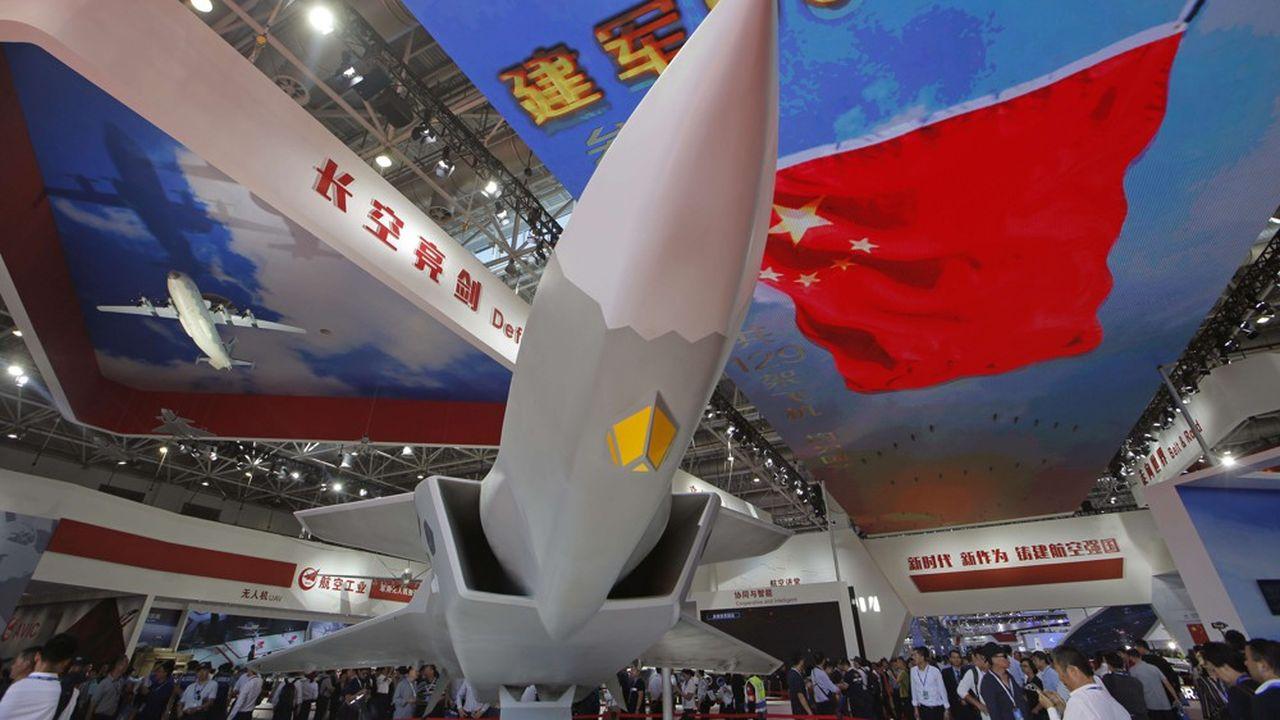 Pékinsouhaite continuer à financer la modernisation de son armé et, notamment, le développement de porte-avions, avions de chasse et missiles balistiques.