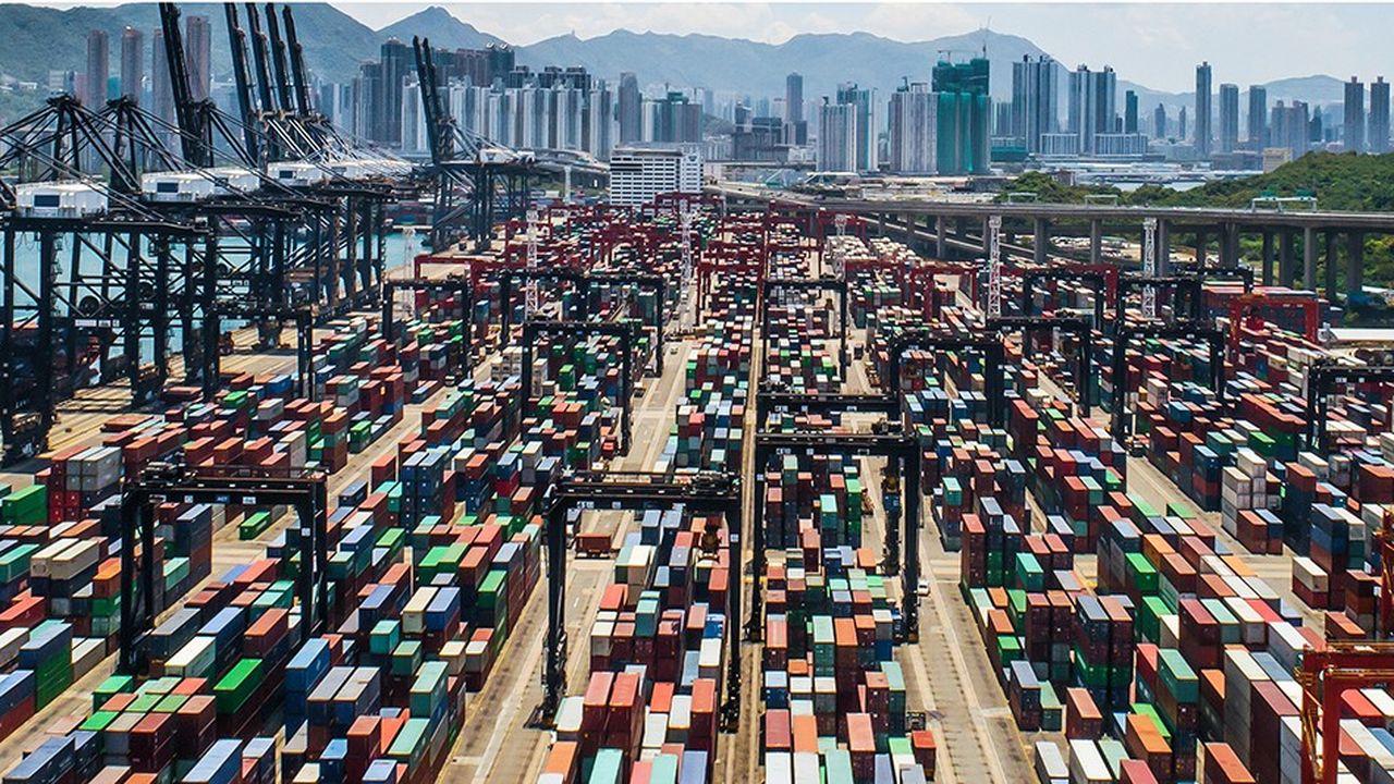 Seul le trafic de conteneurs, dans le monde, a maintenu son dynamisme alors que toutes les autres composantes du commerce international fléchissent.