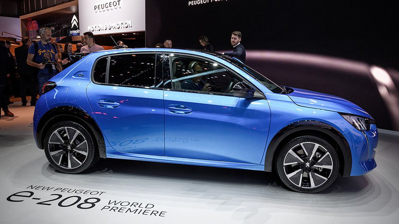 Pour atteindre leurs objectifs CO2, les constructeurs automobiles misent gros sur l'électrification de leurs gammes.