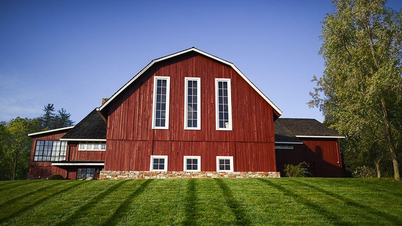 Cinq établissements, comme Blackberry Farm, dans le Tennessee, incarnent la campagne à travers affiches et vidéos au registre cinématographique.