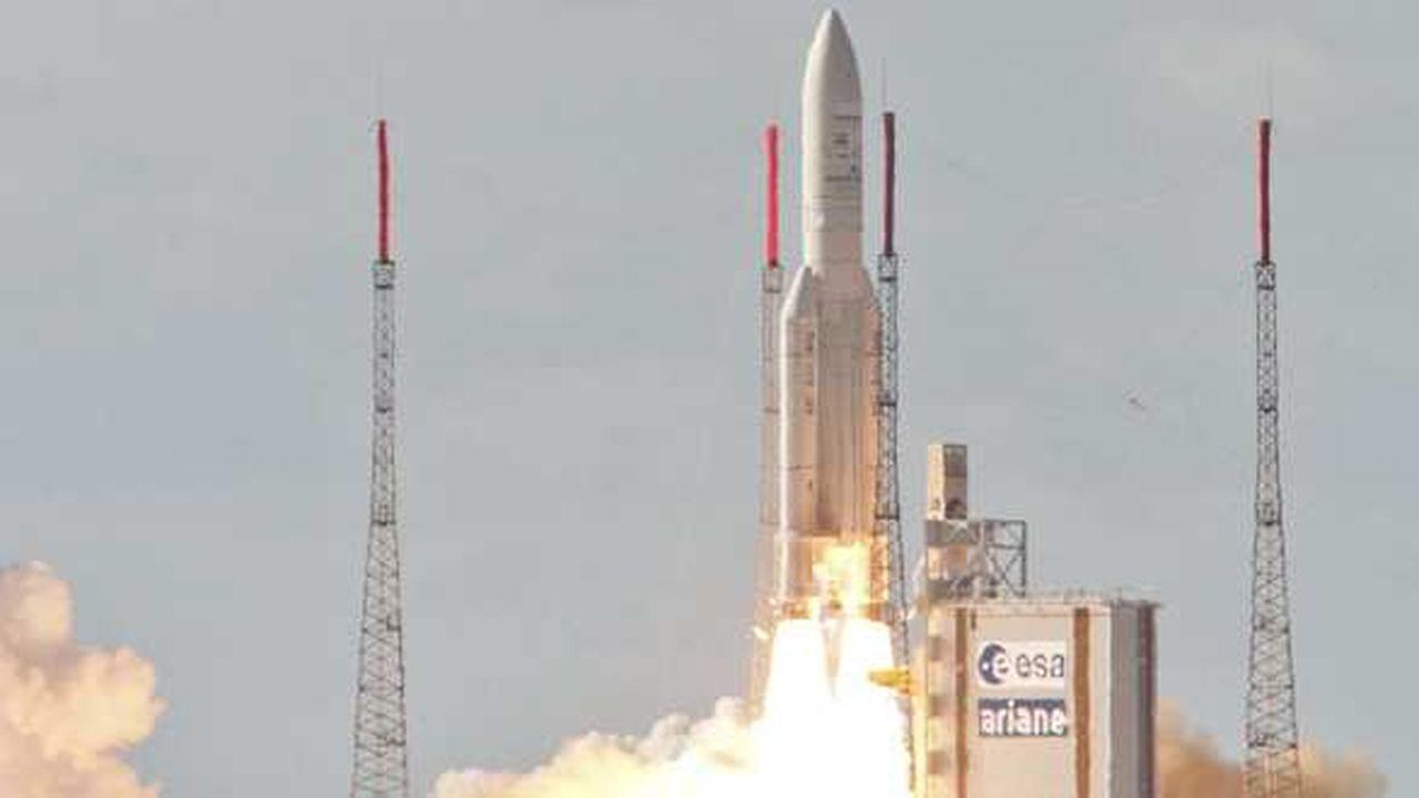 Calendrier Lancement Ariane 2019.Arianespace Annonce Un Ete Charge Les Echos