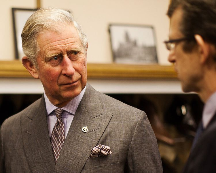 Le prince Charles visite l'usine de Crockett & Jones à Northampton
