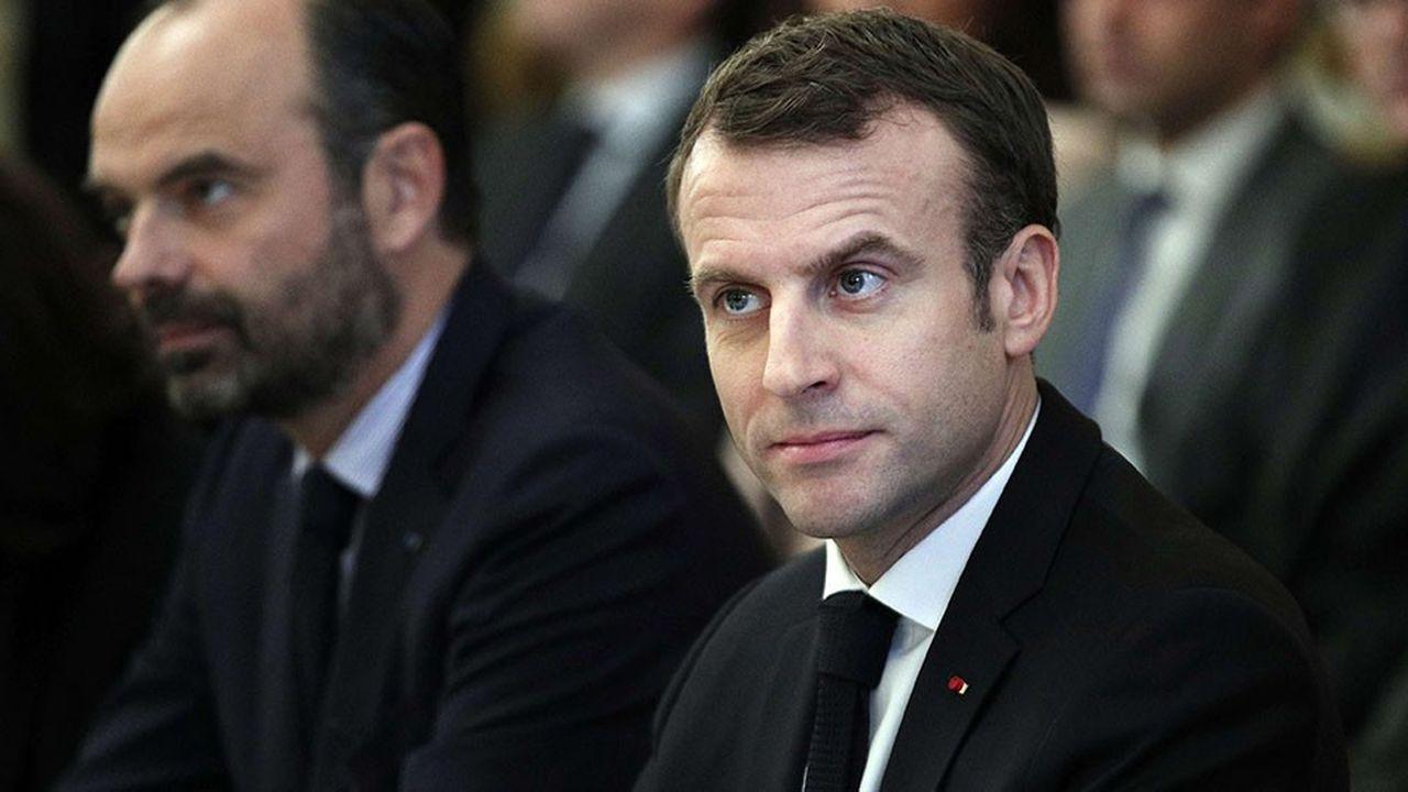 Emmanuel Macron et Edouard Philippe retrouvent de l'oxygène dans le baromètre Elabe.