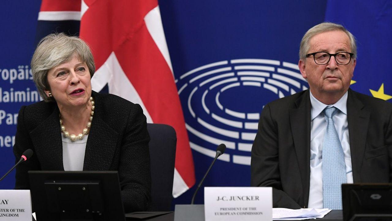 Theresa May et Jean-Claude Juncker ont tenu une conférence de presse lundi soir depuis le Parlement européen à Strasbourg pour présenter les conclusions de ces négociations de dernière minute.