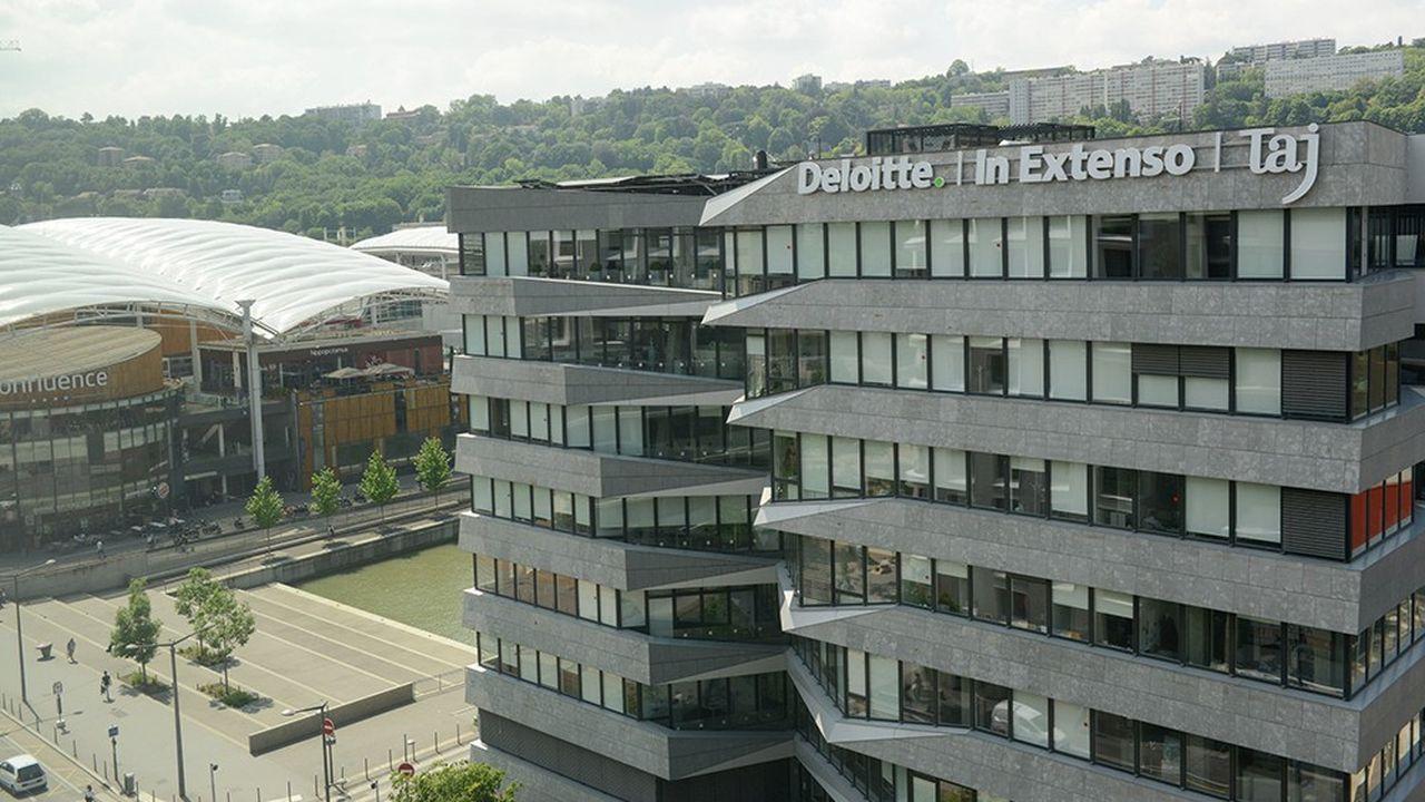 Deloitte détient les deux tiers du capital de la holding d'In Extenso et 51% de ses entités régionales