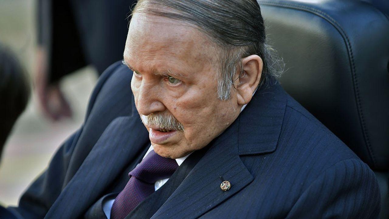 Le président Abdelaziz Bouteflika n'est pas intervenu en public durant l'intégralité de son quatrième mandat présidentiel.