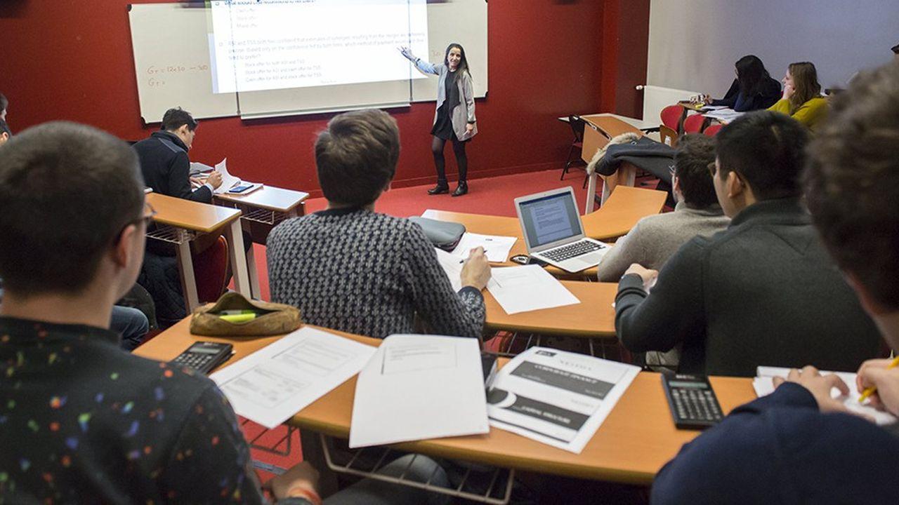 Pour Gilles Roussel, à la tête de la Conférence des présidents d'université (CPU), «il ne faudrait pas faire croire qu'il y a, d'un côté, des bachelors qui sont des formations internationales, et de l'autre des licences purement nationales qui ne servent à rien».