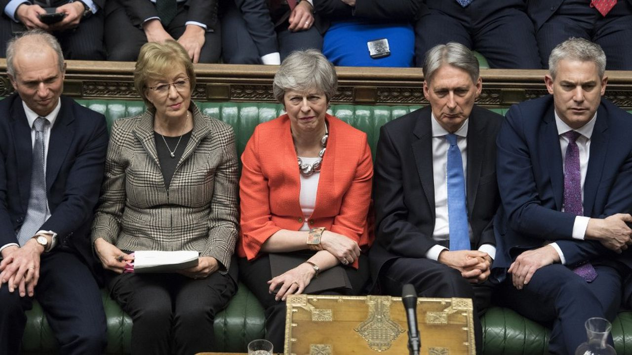 «Voter contre une sortie sans accord et pour une extension ne réglera pas les problèmes auxquels nous sommes confrontés», a déclaré mardi Theresa May