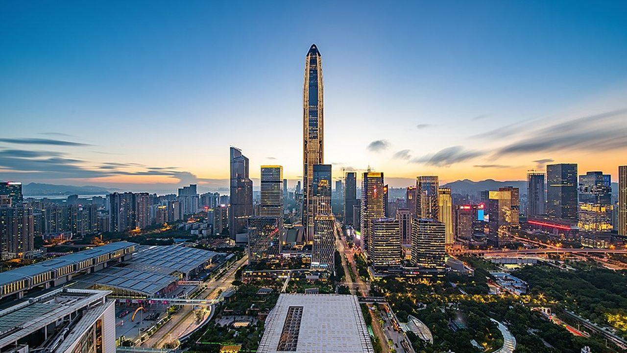 Les entreprises chinoises, cotées à Shenzhen (photo) et Shanghai sont devenus dominantes dans la performance des indices émergents.