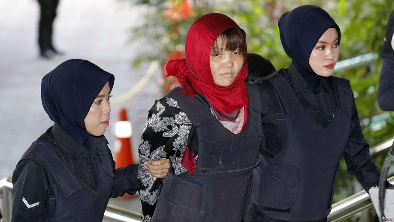 Le tribunal malaisien, qui avait été saisi par ses avocats après la libération de sa coaccusée lundi, a rejeté dans la matinée la demande de libération de la jeune femme