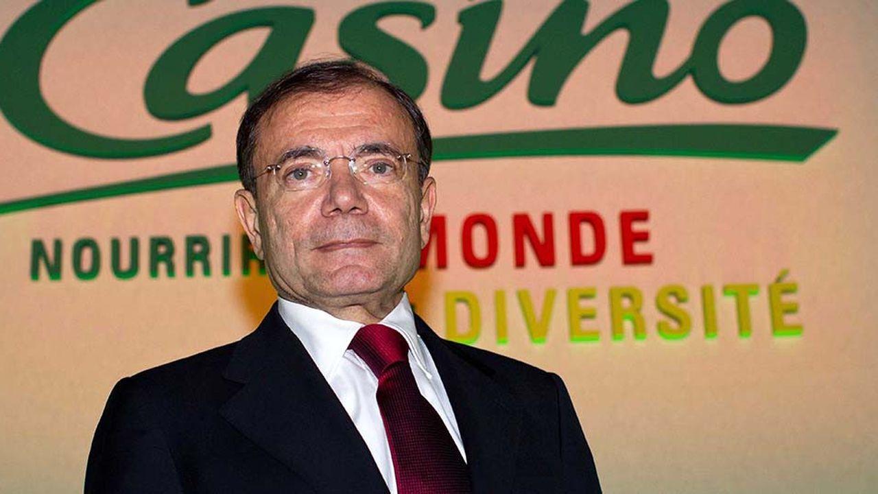 Jean-Charles Naouri, le PDG de Casino, veut limiter la part des hypers dans son activité en France à 15%.