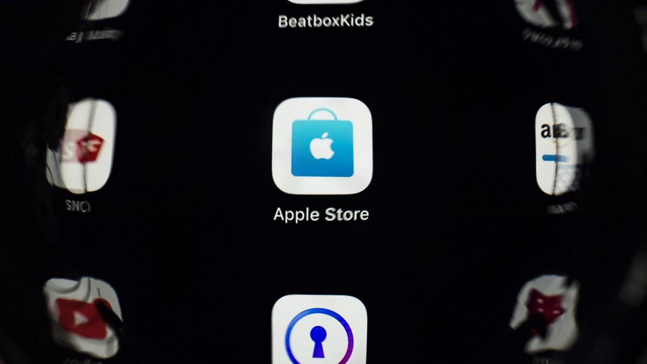 Apple, via sa boutique en ligne, imposerait des «tarifs discriminatoires» aux consommateurs, selon le fondateur et PDG de Spotify.