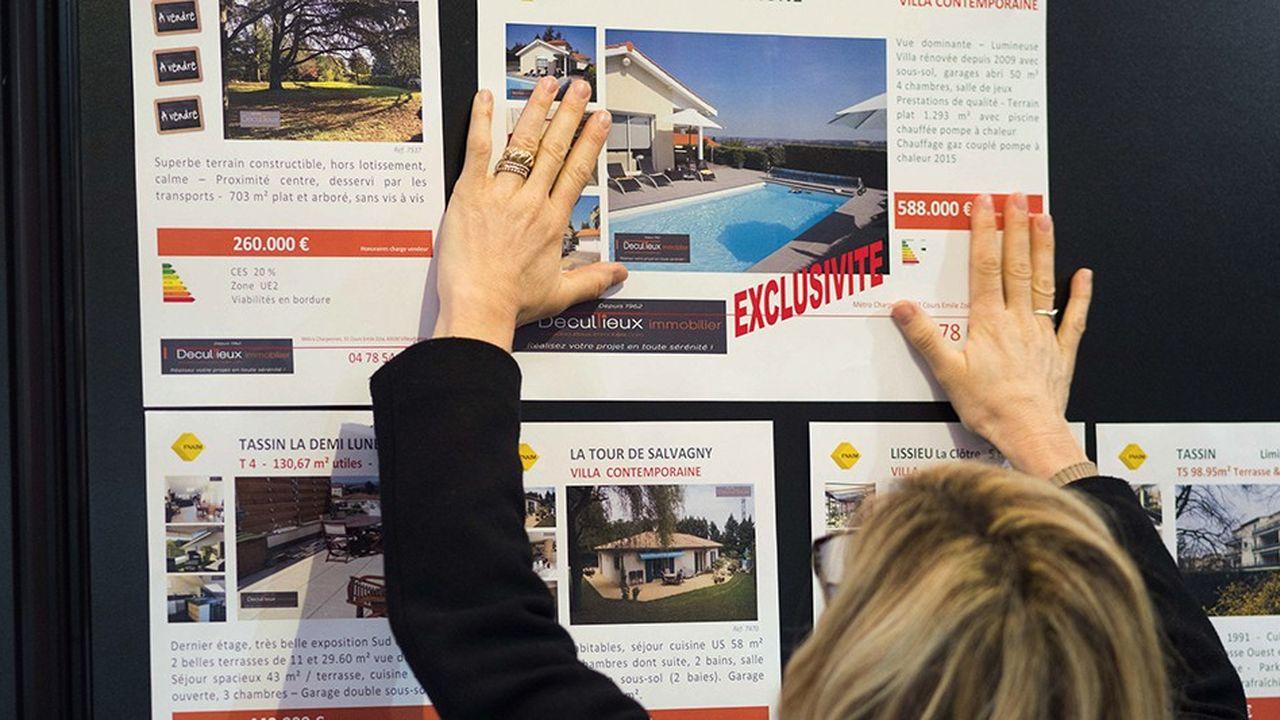 Lors d'une vente d'un crédit immobilier par exemple, les banques parviennent bien souvent à vendre une assurance-emprunteur. Et ce en dépit de l'ouverture à la concurrence de ce marché.