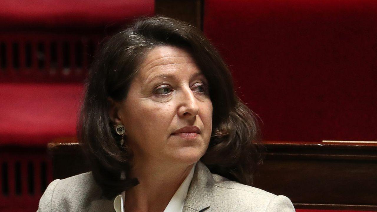 Agnès Buzyn ne se dit «pas hostile» à un allongement de la durée de travail en raison de la progression de l'espérance de vie en France.
