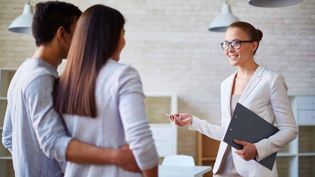 Les jeunes (61% des sondés ont répondu par l'affirmative) sont la catégorie de la population la plus encline à faire appel aux services d'uncourtier