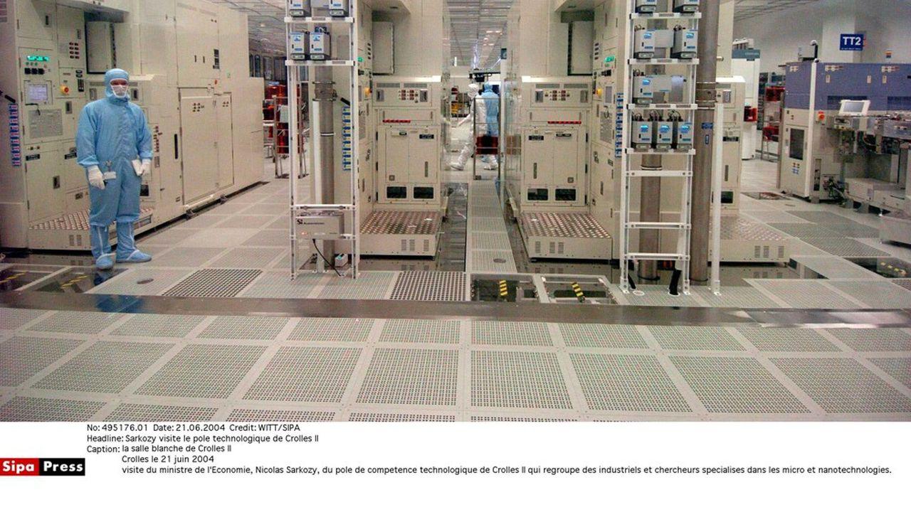 La nano-électronique concerne les circuits électroniques gravés à l'échelle du nanomètre.