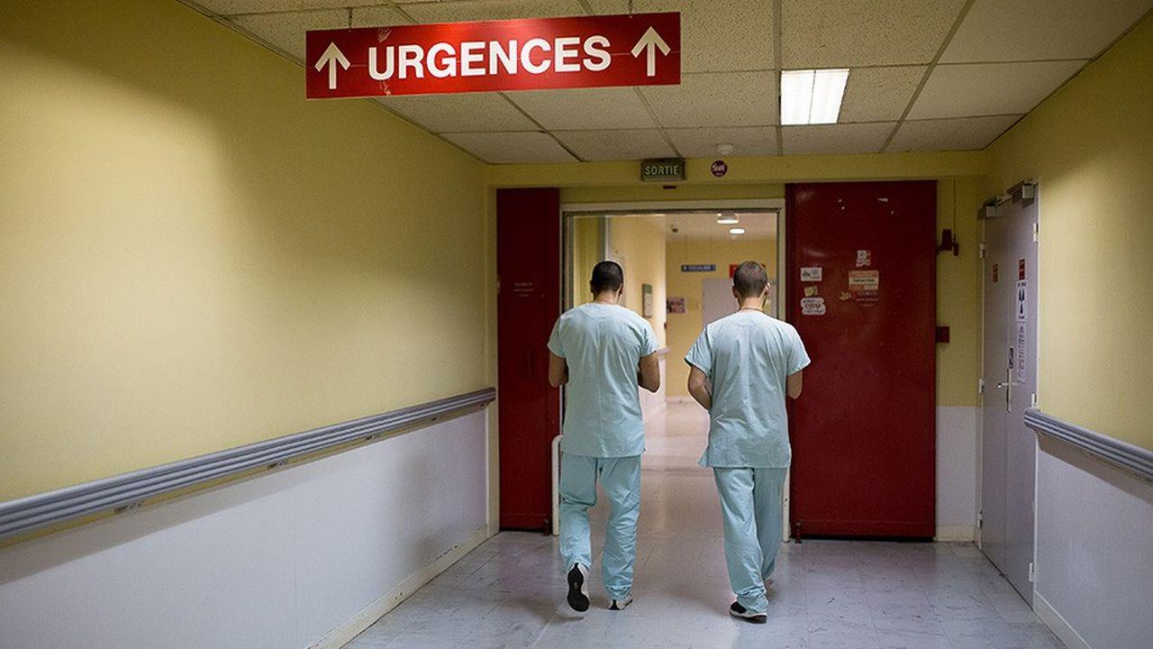 L'exécutif a opté pour un traitement de choc, censé faire reculer les déserts médicaux