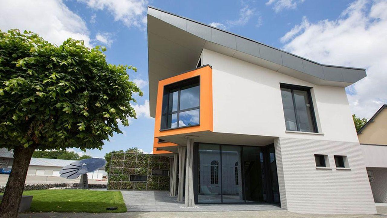 Le pavillon témoin, baptisé « Concept Yrys by MFC » comprend trois niveaux et s'étend sur 230 mètres carrés.