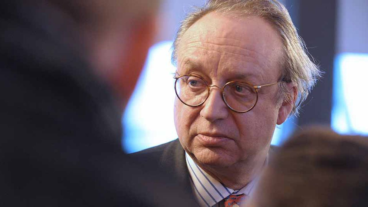 Robert Peugeot est le PDG de FFP, le holding de la famille Peugeot qui contrôle 12% du capital du constructeur avec un autre fonds familial.