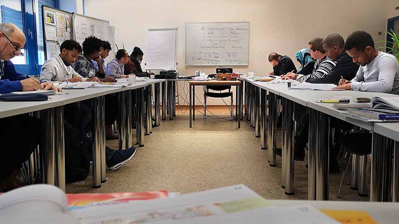 Environ 10.000 jeunes Syriens et Afghans ont démarré en 2017 un apprentissage en Allemagne, contre 3.000 un an plus tôt.