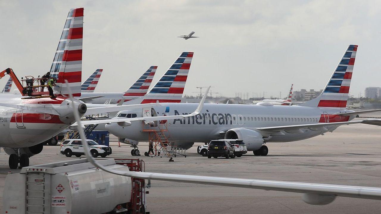 Un Boeing 737MAX8 est cloué au sol à Miami, en Floride, le 14mars 2019.