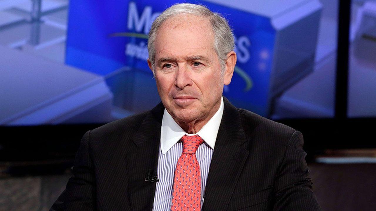 Stephen A. Schwarzman, le patron du numéro un mondial du non-coté Blackstone, est resté l'an dernier le patron le mieux payé du «private equity» après avoir reçu 567,8millions de dollars en rémunération et dividende. Sa fortune est estimée à 13,2milliards de dollars par Forbes.