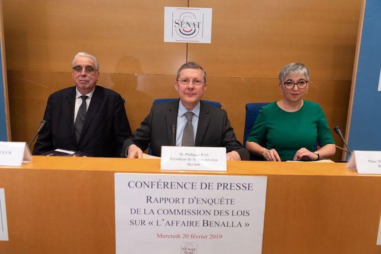Les rapporteurs de la commission des Lois du Sénat, Jean-Pierre Sueur (PS) et Muriel Jourda (LR), et au centre le président de la commission Philippe Bas (LR).
