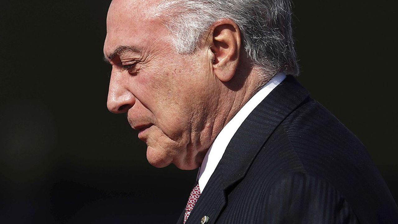 L'ancien président brésilien Michel Temer fait à son tour l'objet d'une arrestation en vue d'être interrogé dans une enquête pour corruption.