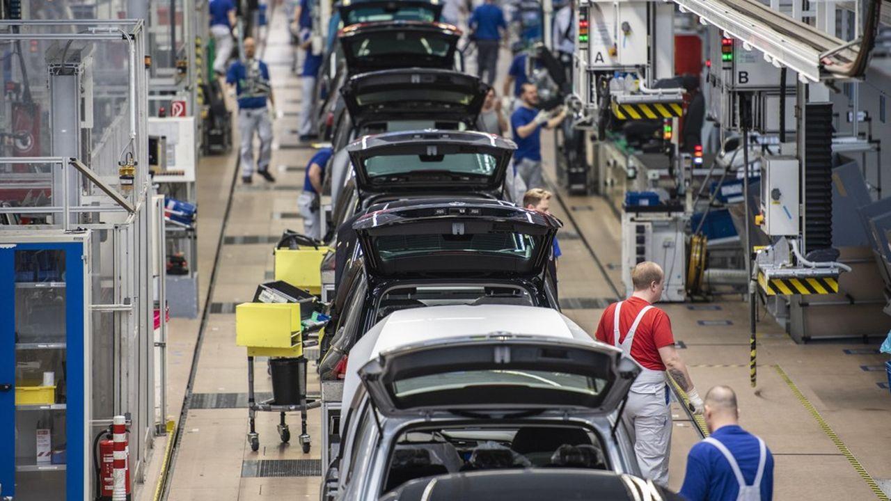 Volkswagen a annoncé la semaine dernière 5.000 à 7.000 suppressions de postes, qui viendront s'ajouter aux 30.000 annoncées en 2016.