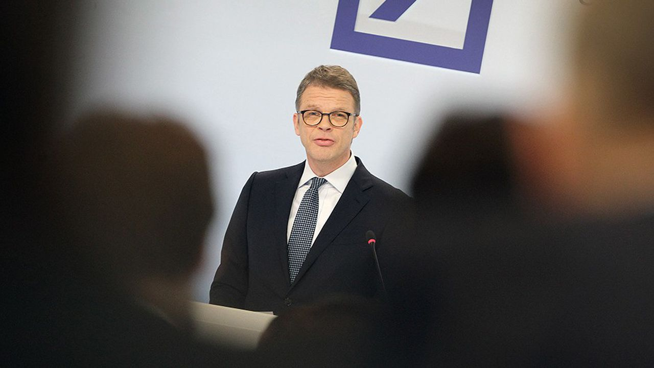 «Nous devons évaluer les opportunités lorsqu'elles se présentent», avait déclaré dimanche le patron de Deutsche Bank, Christian Sewing.