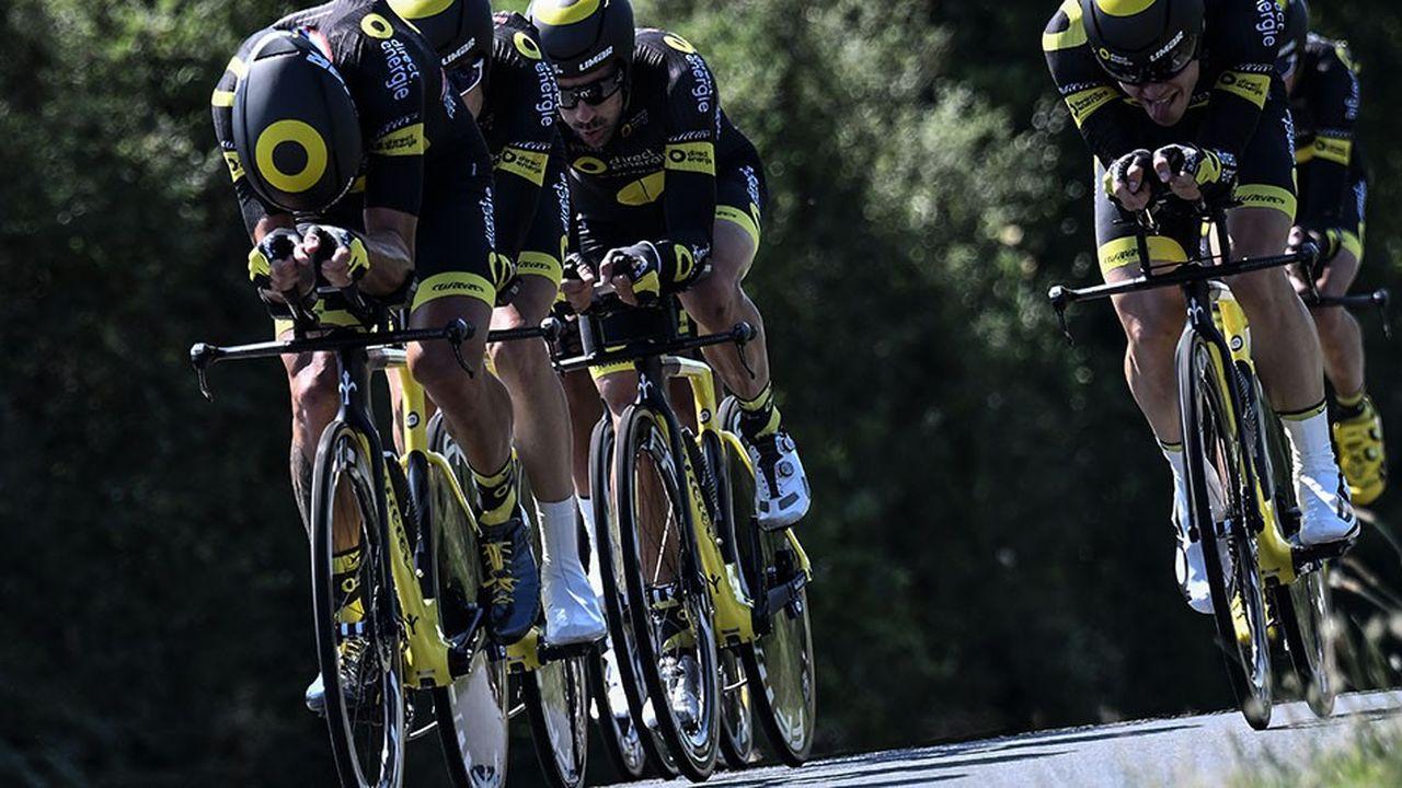 L'équipe « Total Direct Energie » étrennera ses nouvelles couleurs dès le mois d'avril à l'occasion des « classiques Flandriennes » et sera aussi présente sur le Tour de France