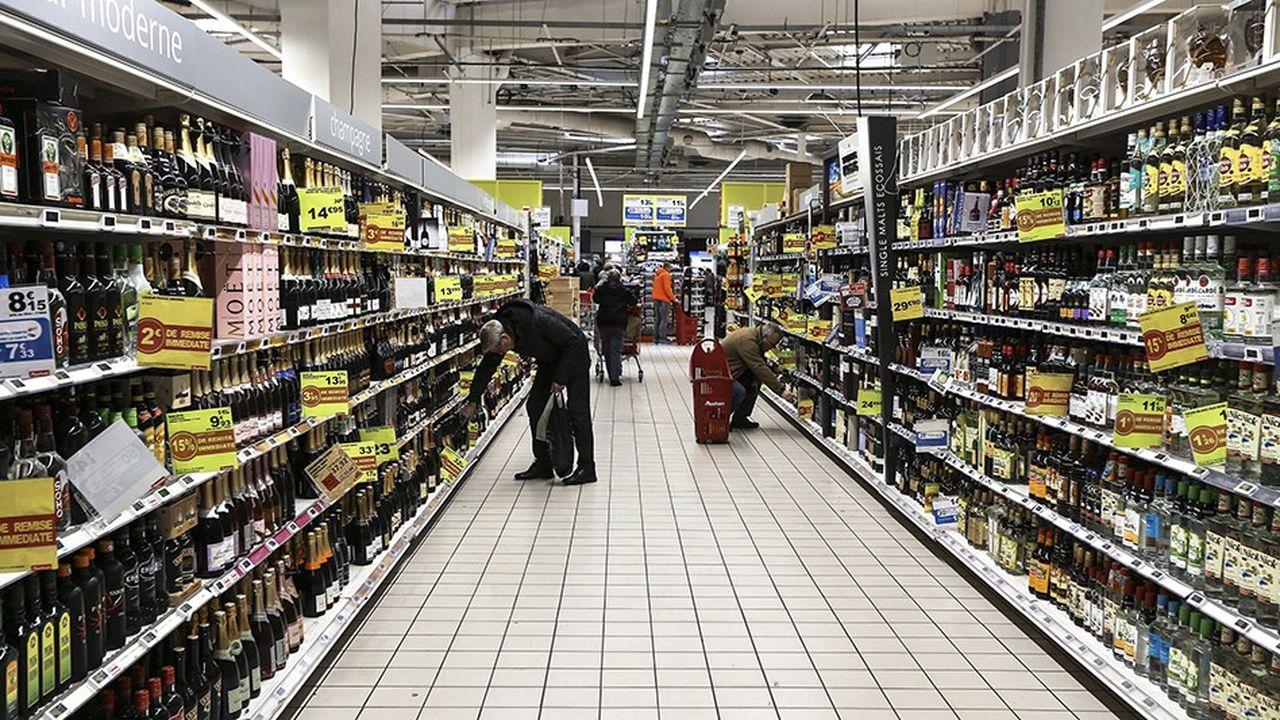 Les alcools font partie des catégories de produits dont les prix ont le plus augmenté après l'entrée en vigueur de la loi alimentation.