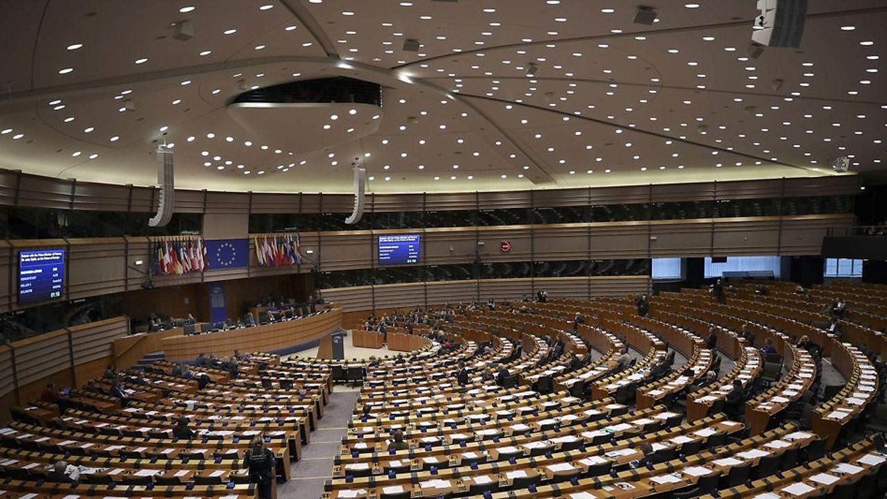 la directive relative au droit dans le marché numérique vient en débat final au Parlement européen ce 26 mars.