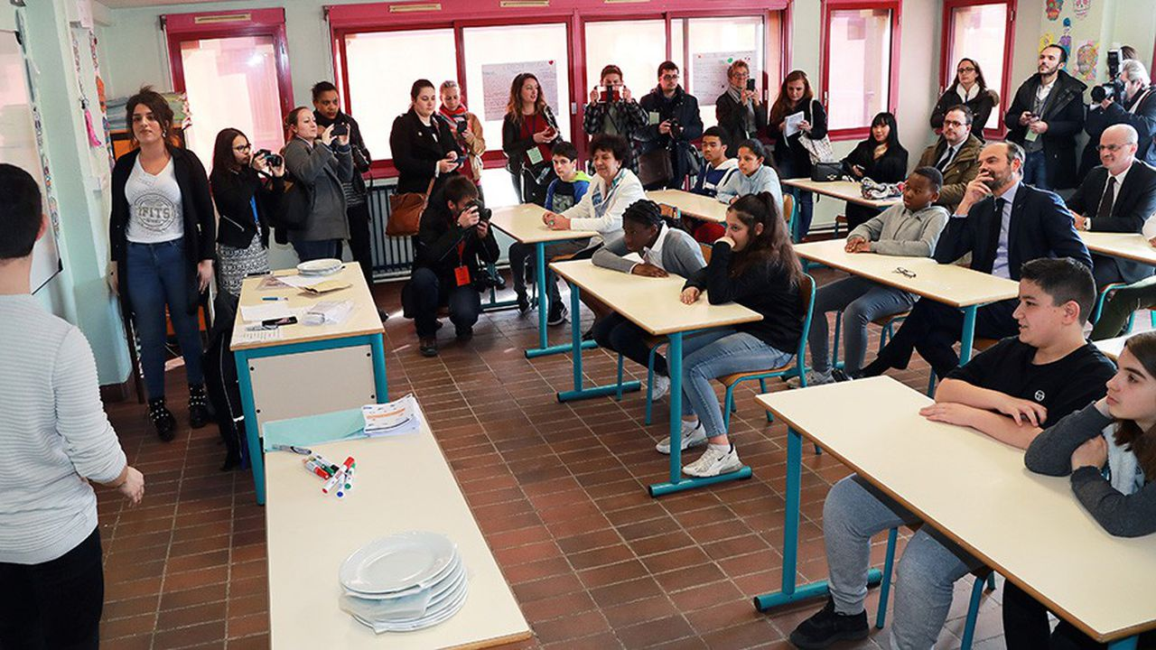 Edouard Philippe, ce lundi dans une classe de Noisiel.