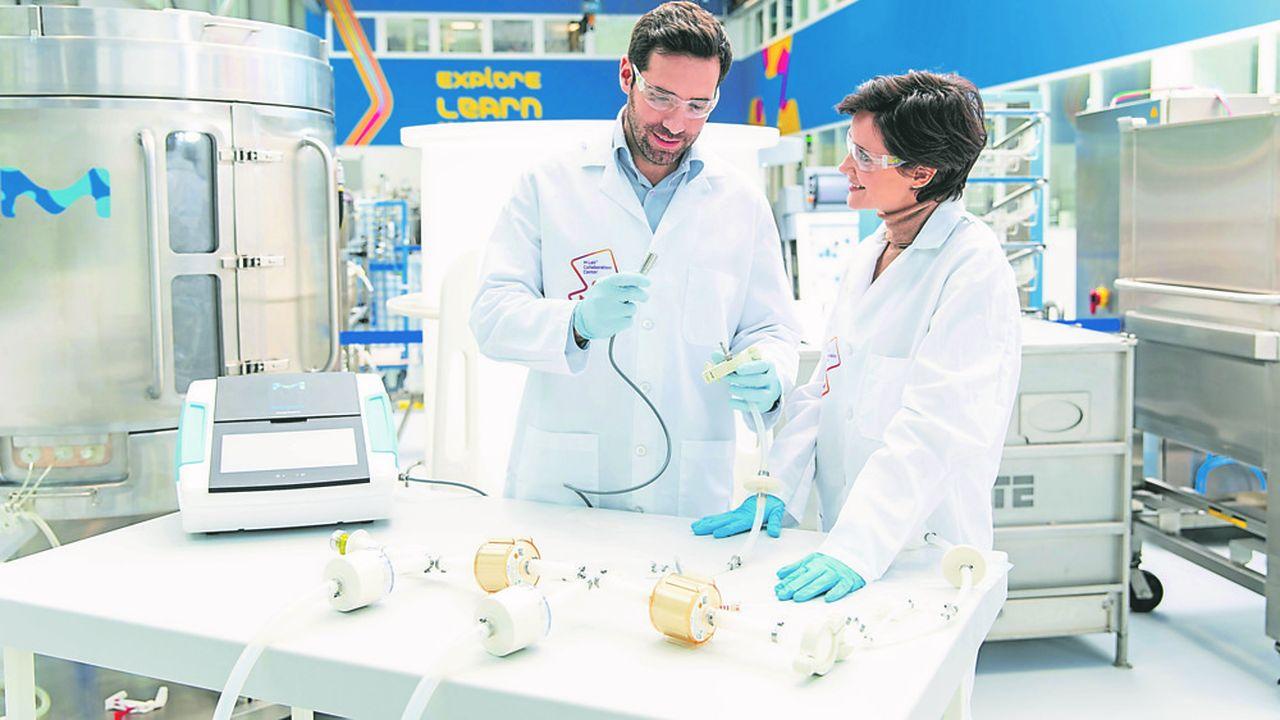 Ce centre offre aux entreprises la possibilité de tester les équipements qu'elles envisagent d'acheter en collaboration avec des scientifiques et des ingénieurs de Merck