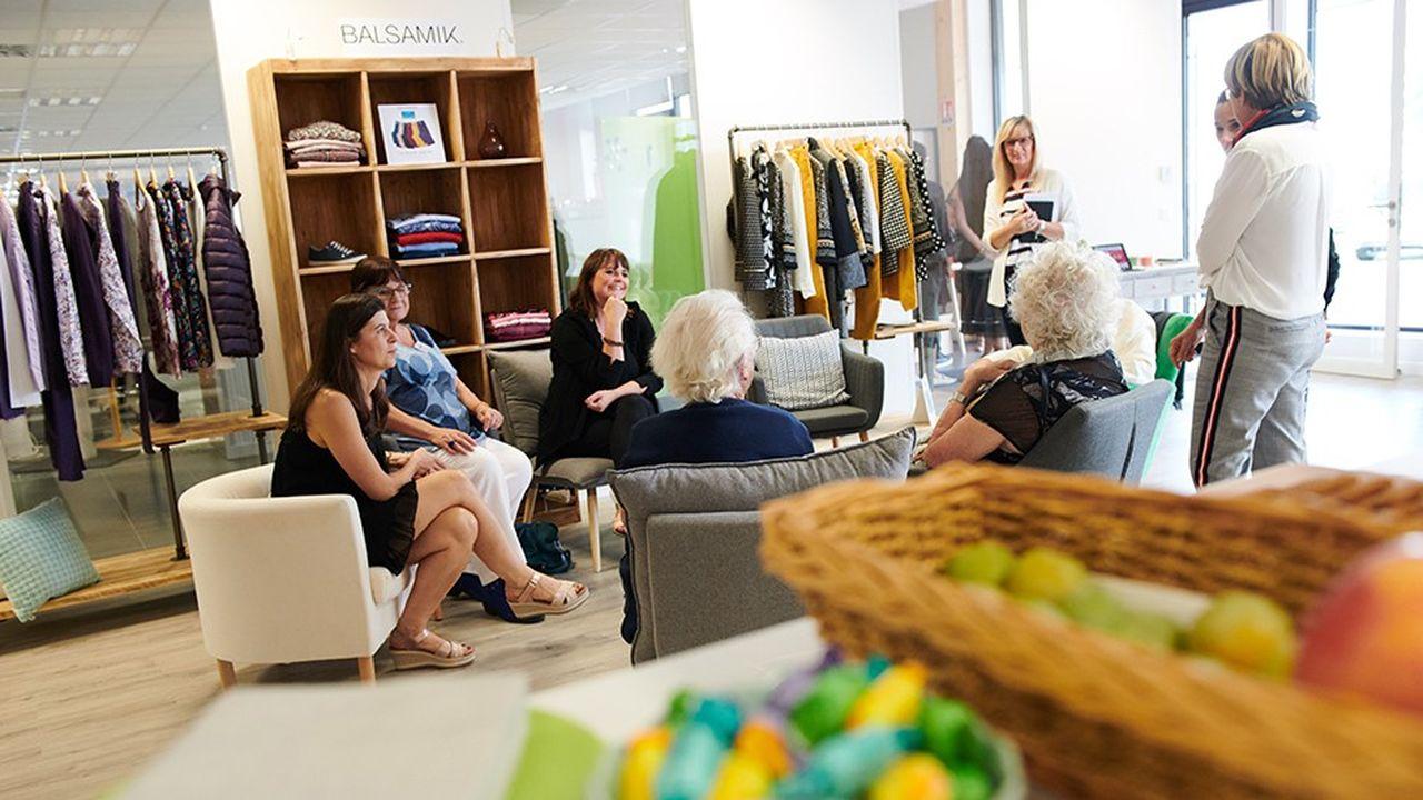 Baptisé « Côté FeelGood », le nouveau concept développé par Daxon vise à recréer du lien entre les seniors en mêlant commerce et convivialité, ateliers (sport, cuisine, jardinage, jeux de société…).
